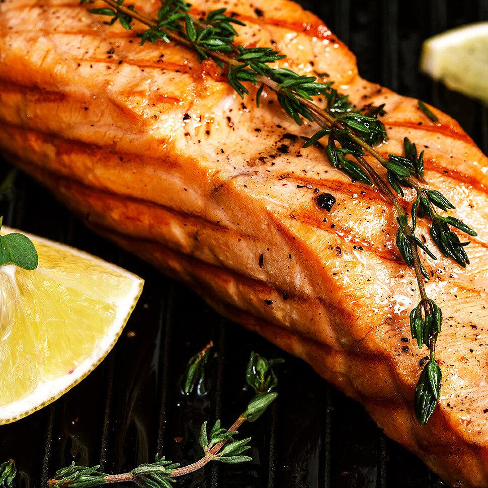 Секреты приготовления сочной рыбки на гриле